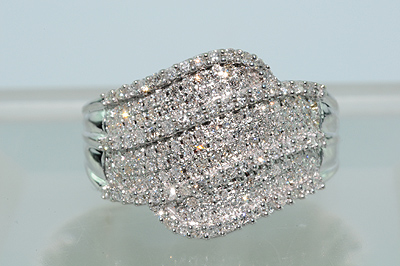ANILLO ORO BLANCO CON MULTI DIAMANTES 077ct